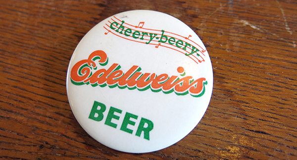 Edelweiss beer button