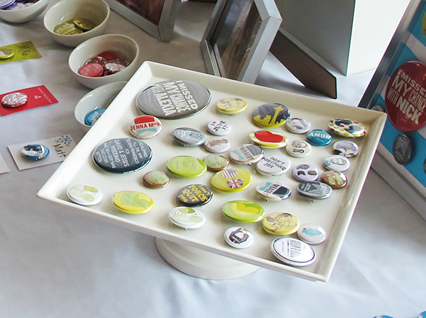 How to: Displays for Buttons - Busy Beaver Button Co