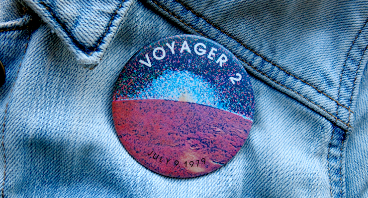 voyager 2 button